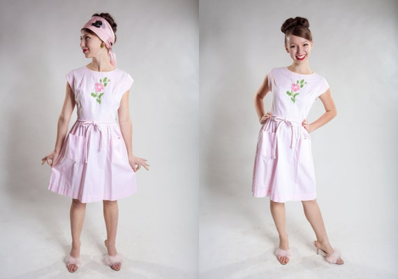 Vintage 1950s Pink Swirl Dress - Embroidered Flowe