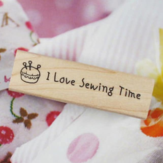 I Love Sewing Time Stamp (2.4 x 0.7in)
