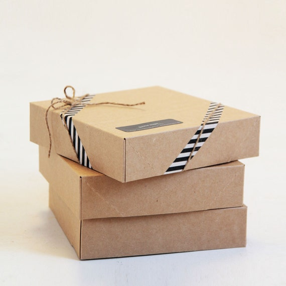 6 1/2 x 6 1/2 x 1 5/8 inch Kraft Gift Boxes set of 5