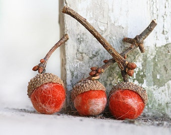 Set of 6 PUMPKIN PIE  Wool Felted Acorns- Please NOTE- Acorns will short stemed until new crop this fall.