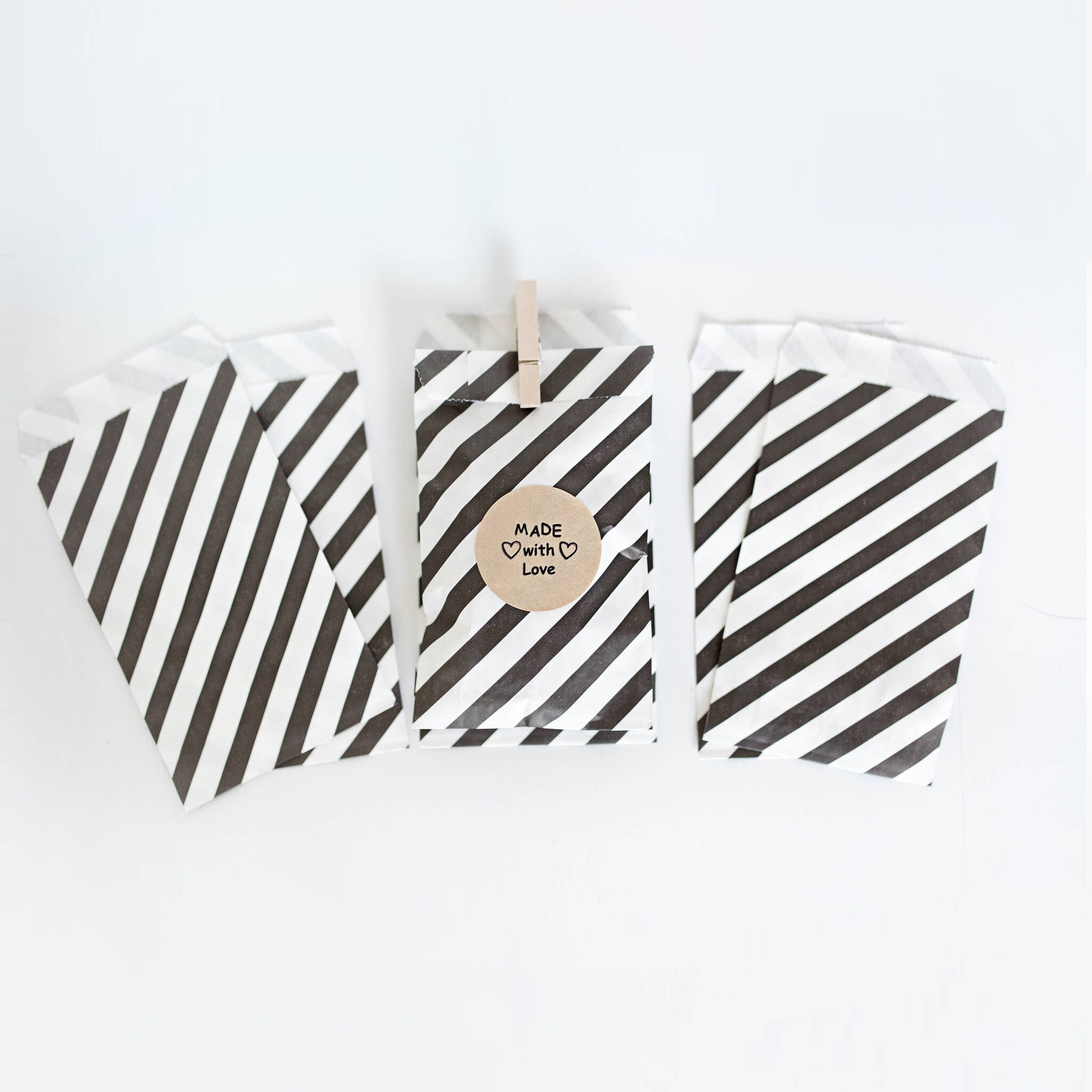 Lot of 12 Black & White Stripe Paper Bags- various sizes || Wedding ...