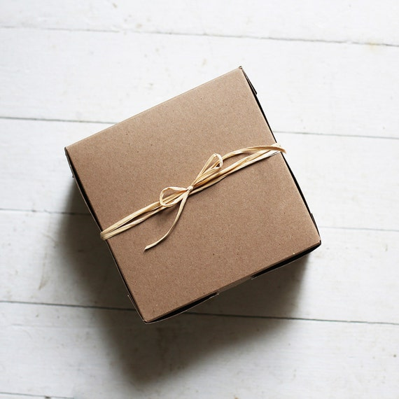 1 Sample box- 6 x 6 x 3  inch  Kraft Cupcake or Gift Boxes  These now are kraft & white reversible - either side can be used