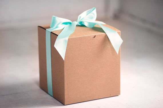 10- 8x8x8.5 inch Kraft Gift Boxes -Great for balloon announcements!!!