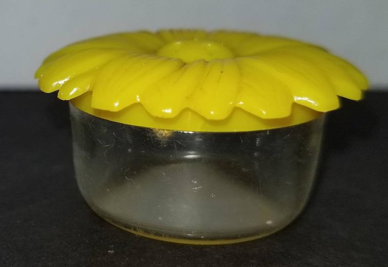 Vintage Jaydon Inc Yellow Daisy Salt Shaker