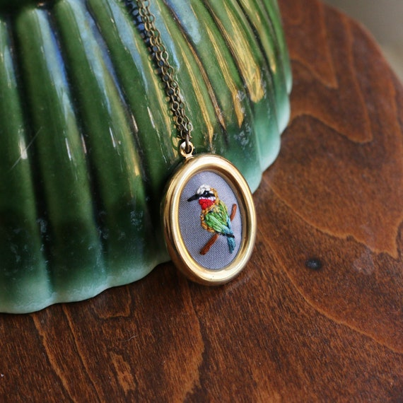 White-fronted bee-eater- hand embroidered necklace, bird, colorful