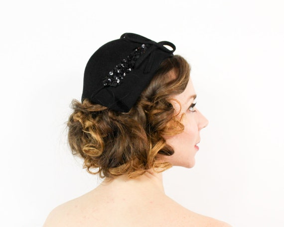 40s Black Hat | Black Wool Sequin Embroidered Crow