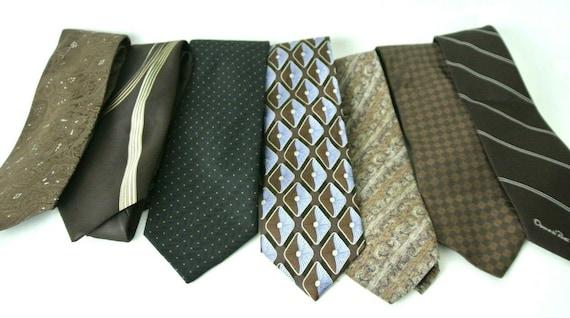 7 Men's Vintage Assorted Brown Neck Dress Ties Des