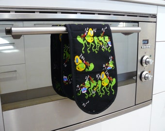 Double Oven Mitt - pot holder green frogs bright and colourful
