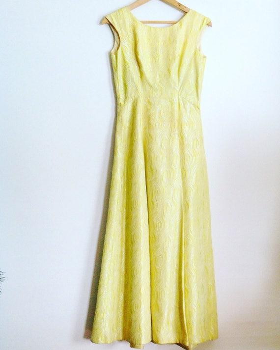 Vintage Lemon Lime Feather Light Matelasse Irides… - image 2