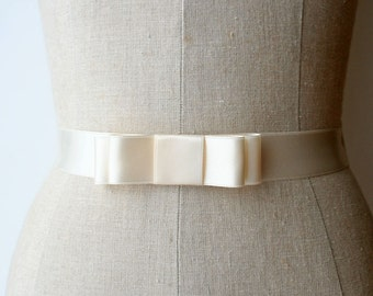 Bridal Bow Sash, Bridesmaid Sash, Wedding Dress Sash, Wedding Belt, Thin Bridal Sash