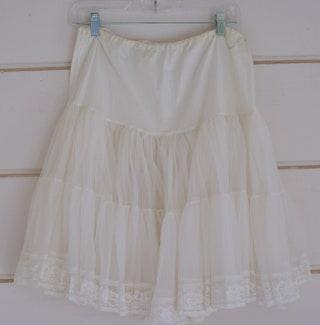 Full Petticoat, Vintage 1950s Petticoat, 34 Elastic Waist, White Lace Petticoat, Steampunk Petticoat