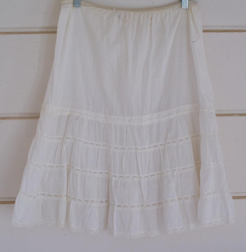 Lace Petticoat Vintage White Lace Petticoat 1950s Petticoat image 0
