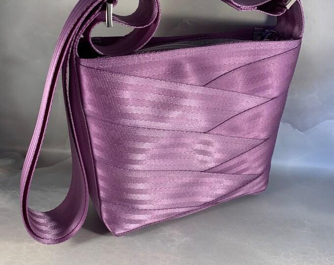 Lilac Roundabout Crossbody Seat Belt Bag