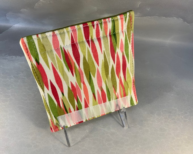 Green/Red Vertical Leaves Luggage Handle Wrap