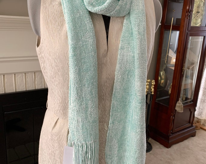 Handwoven Bulky Pale Pistachio Green Rayon Chenille Scarf
