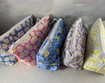 Daisies Handcrafted Triangle Pouch