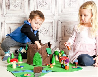 Woodland Cozy Log Cottage - Tree Stump House - Doll House - Felt Toy - Unique Gift - Zooble Toy Chirstmas Gift Christmas Toy
