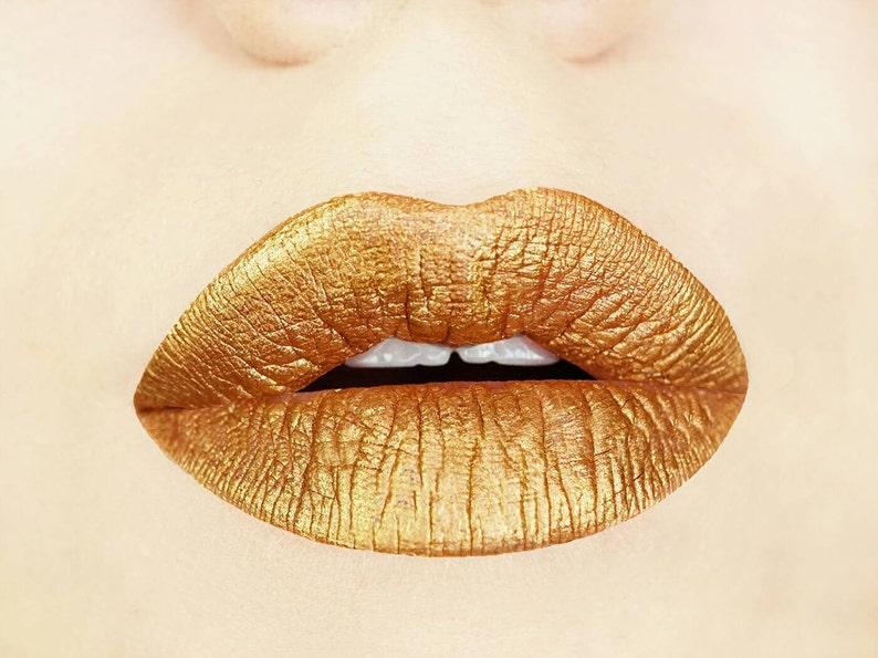Gold Digger Metallic Matte Liquid Lips. Liquid to Matte. image 0