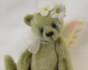 Apple Miniature Teddy Bear E-pattern