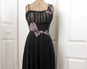 Vintage 50s Gotham Black Nylon Negligee  6680b0f9b