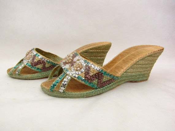 Vintage 1930s Woven Sandals | Grass Wedgies | Gree