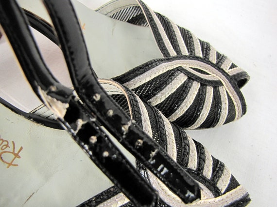 Vintage 1940s Black and White Peep Toe Mesh and L… - image 10