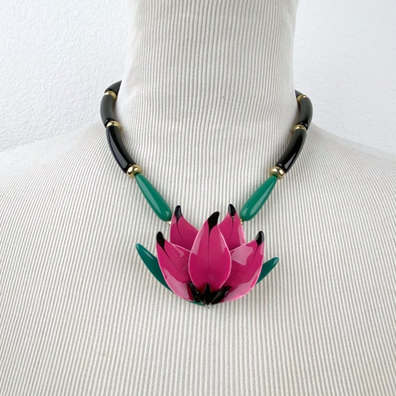 vintage eighties piece Fancy statement necklace with large enemal flowers