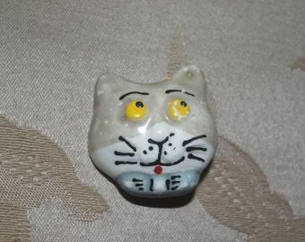 Hand-painted Ceramic Cat Head Pin.