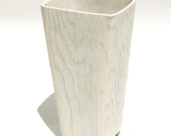 Shawnee Wood Grain Vase