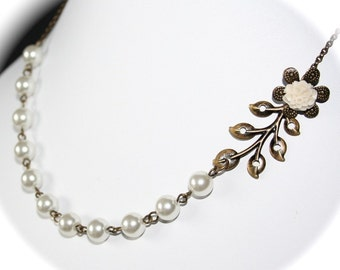 Leaf Branch Flower Necklace with pearls