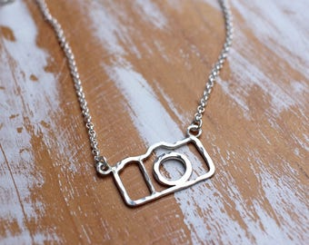 Click Click Camera Necklace - Photographer Gift - Capture Necklace for Photographers
