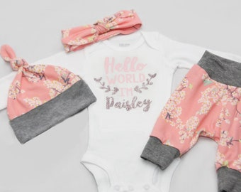 Knot Hat baby girl coming home outfit Hello world Newborn Coming Home Outfit baby shower gift,- Jersey knit Leggings headband and Shirt