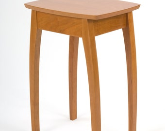 """26.5"""" Side Table in Cherry"""