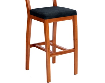 Counter Stool in Cherry