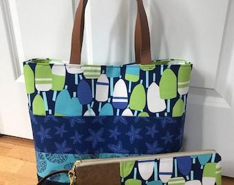 Medium Tote w/Matching Wristlet