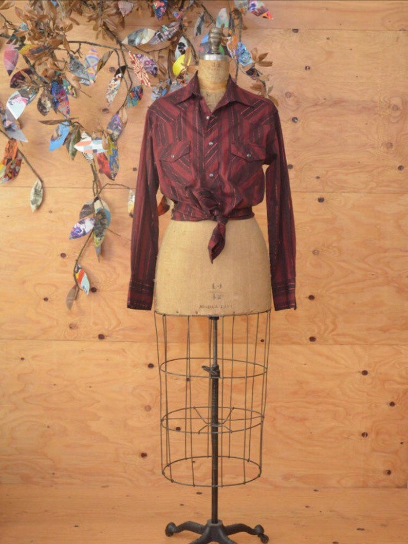 70/'s western shirt burgundy red black metallic lurex thread accent cowboy short ML M L disco western pearl snap