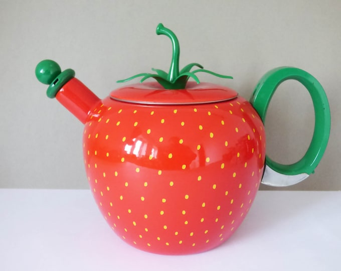 Copco Strawberry kettle Whistling
