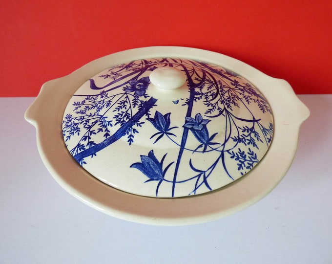 English Ironware tableware bluebell serving Dish