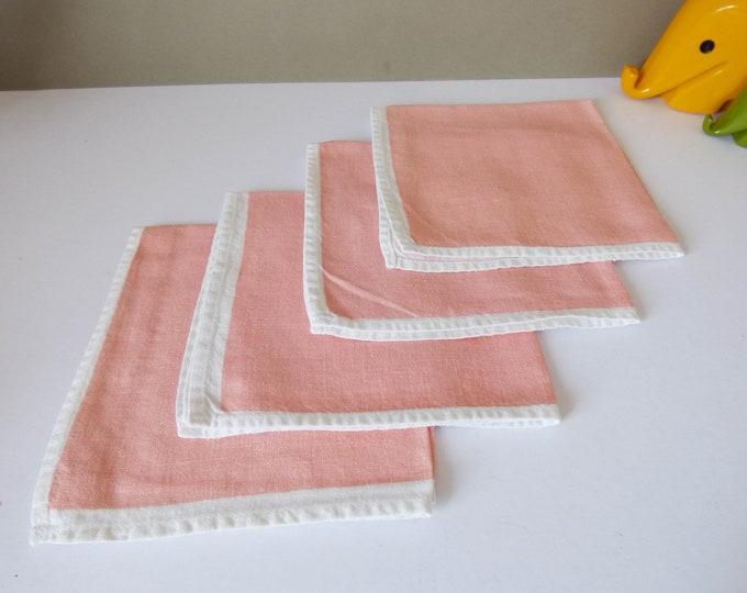 Napkins 4 Vintage pink linen