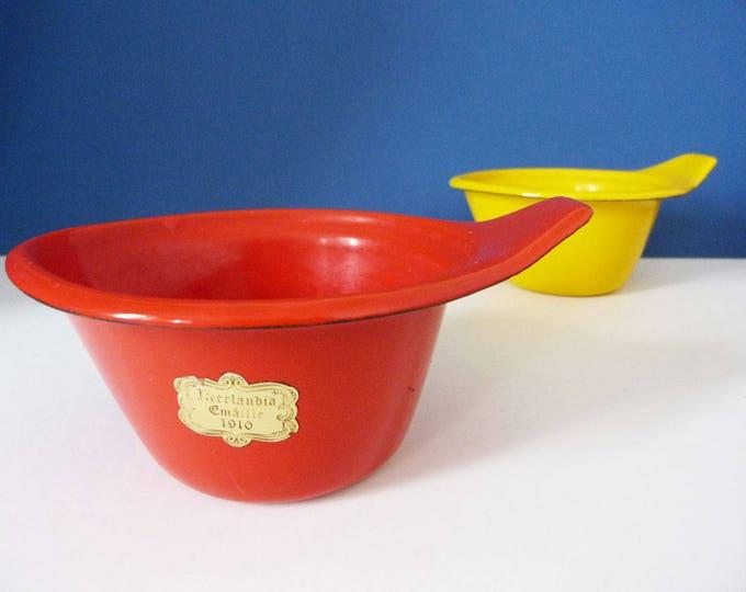 Vintage Enamel bowl Neerlandia