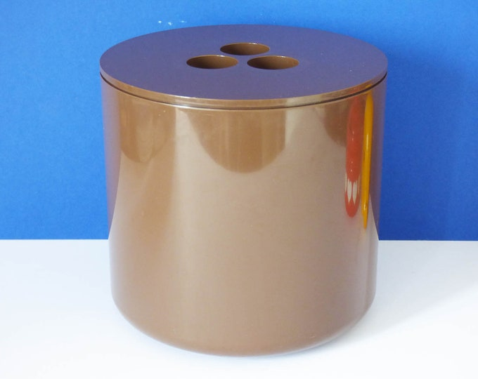 Crayonne ice bucket 1970's classic modernist design