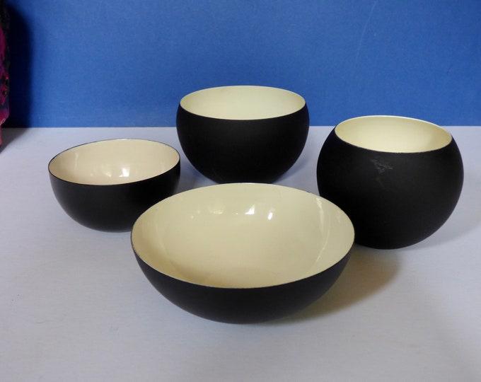 Enamel bowls from Denmark