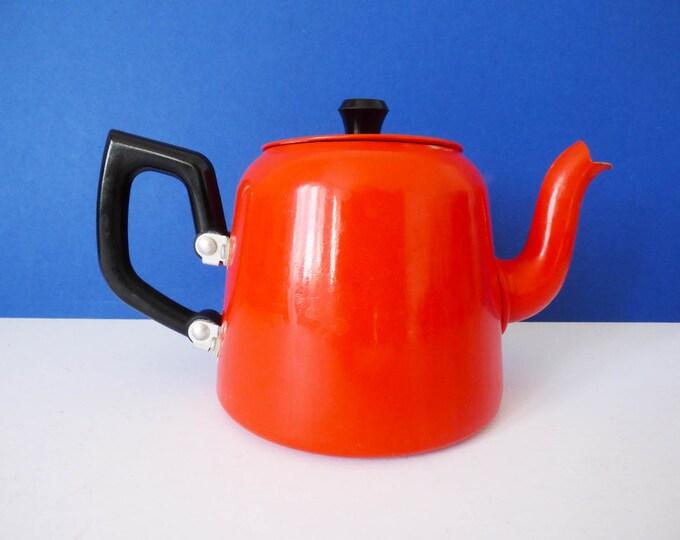 Teapot Red Aluminium vintage
