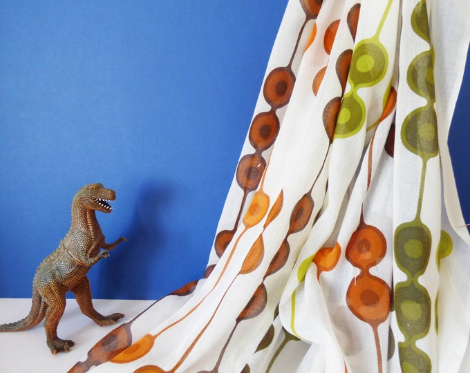 Heals Vintage fabric Equilibrium by Gabrielle Fountain terylene voile