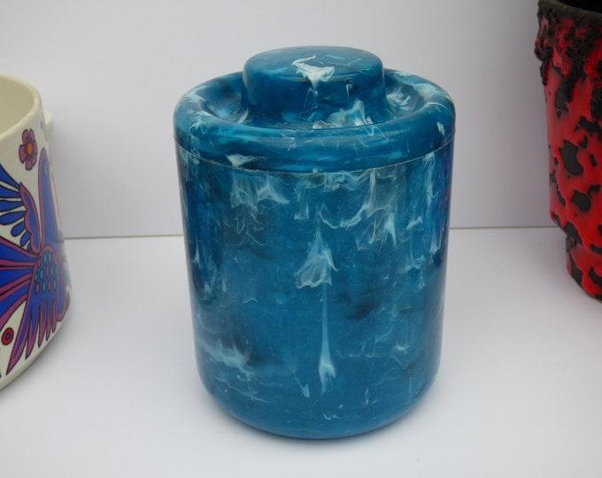 Vintage Cute 1970's plastic pot