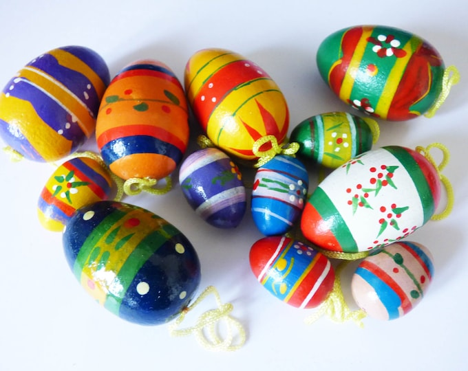 Wooden egg decorations Vintage from Denmark 70s