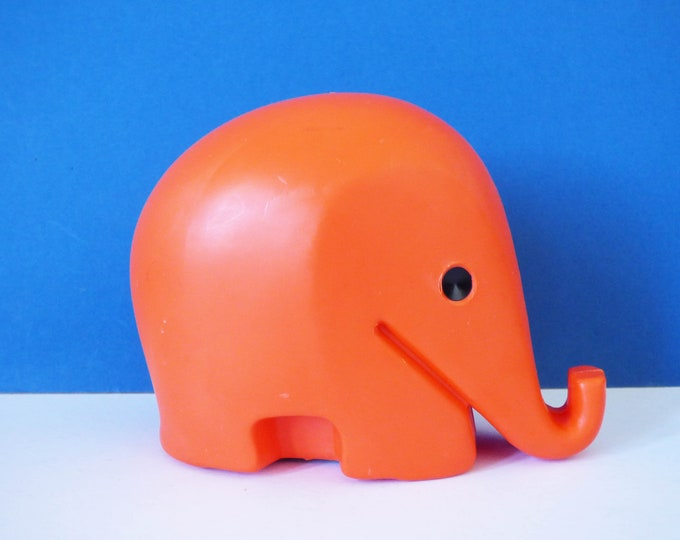 Vintage medium sized Colani Elephant money box without key 1st generation