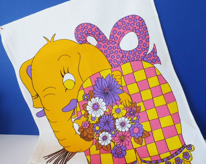 Vintage 1970's Elephant tea towel