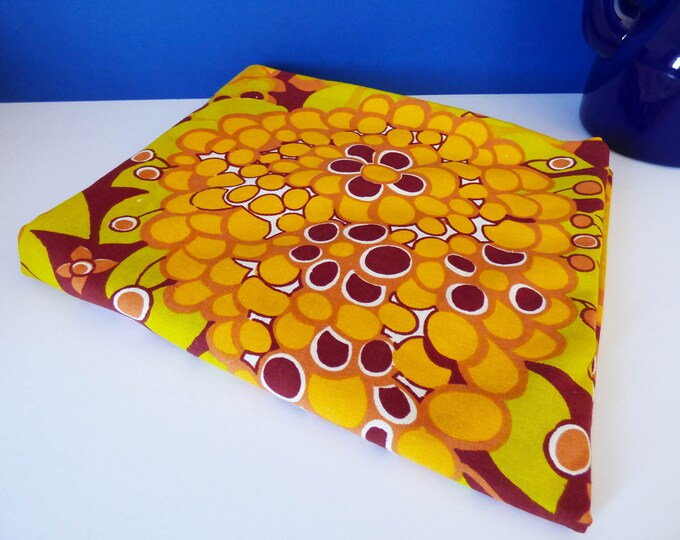 Vintage 1970's  table cloth or hemmed fabric flower pattern