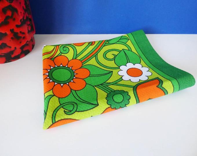 Vintage tea towel flower power 1970s